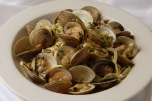 Linguine with White Clam Sauce - Thyme with Catherine